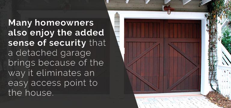 advantages of a detached garage